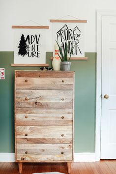 Light Green Bedrooms, Green Kids Rooms, Bedroom Green, Boys Bedroom Paint, Home Decor Bedroom, Bedroom Ideas, Boys Room Paint Ideas, Boys Bedroom Furniture, Plywood Furniture