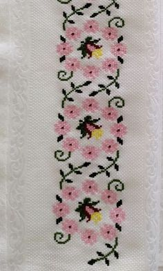 Cross Stitch Christmas Cards, Cross Stitch Flowers, Cross Stitch Designs, Elsa, Crochet, Cross Stitch Embroidery, Nice, Bugle Beads, Blue