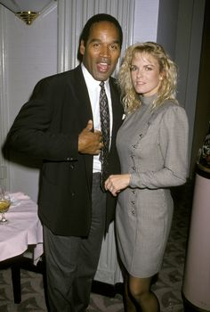 Simpson Almost Remarried Nicole! Famous Murders, Murder Stories, Famous Serial Killers, Oj Simpson, American Crime Story, Bank Robber, Young Old, Work Family, Man Stuff