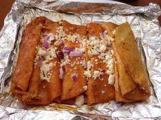 Enchiladas de Carretera (estilo las Norias, Tamps) Elizama Requena Lopez. Estas enchiladas las probé por primera vez a orilla de carretera en las Norias, Mpio. de San Fernando, Tamaulipas……