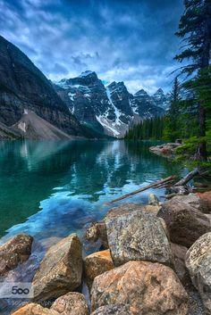 Moraine Lake by Tinnacriss