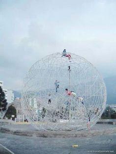 Picture of Quito's extreme playground equipment, taken in Quito, Ecuador by traveler ajcox. Natural Playground, Outdoor Playground, Urban Landscape, Landscape Design, Kids Play Spaces, Equador, Playground Design, Urban Furniture, Public Art