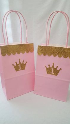 Items similar to Princess Goodie Bags on Etsy Princess Party Bags, Princess Party Decorations, Pink Princess, Birthday Party Decorations, 1st Birthday Party For Girls, Gold Birthday, Baby First Birthday, Minnie Birthday, Cinderella Birthday