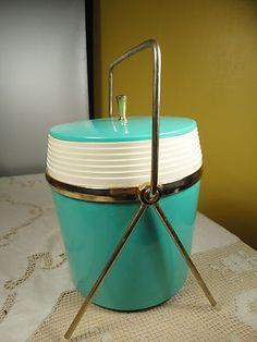 Aqua ice bucket! Sweet!
