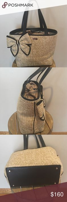 Kate Spade Straw and Leather Tote Kate Spade Straw and Leather Tote Pristine condition.Black and white stripped lining also Pristine.Has Has 1zipper pocket and 1open pocket on inside.CUTE . Kate Spade Bags Totes