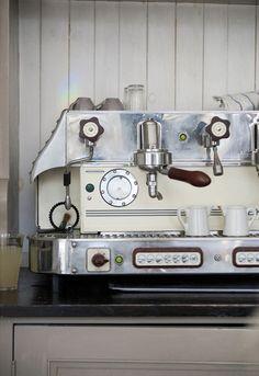 Kick ass coffee machine...