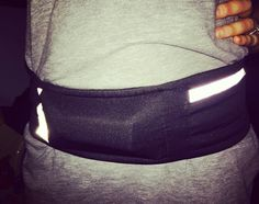 My #DBeltPro holds everything I need.  Here in the front pocket is my #CellPhone plus my #energybar. #running #runner #walking #jogging #gymgear #accesories #explore #fitnessfashion #athletefashion #athleticfashion #athlete #travel #train #workout #organize #organization #lift #runninggear #FreeYourself #lifting #exercise #health #fitness #hiking