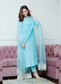 #salwarsuit #salwarsuits #SalwarSuitOnline #salwarsuitmaterial #salwarsuitspartywear #salwarsuitneckdesigns