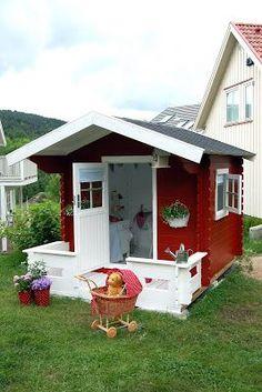 Adorable play house inside & out! <3 #backyardplayhouse
