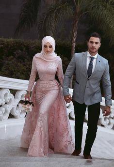 Muslim Style Mermaid Pink Wedding Dresses With Hijab Saudi Arabic Detachable Train Long Sleeve High Neck Bridal Gown Brautkleid