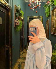 Hijab Style, Hijab Chic, Hijabi Girl, Girl Hijab, Islamic Girl, Hijab Fashion Inspiration, Muslim Girls, Arab Girls, Stylish Girls Photos