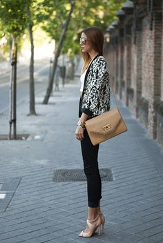Made With Fashion | a fashion blog by Andrea Gomez: ABSTRACT BLACK & WHITE PATTERN