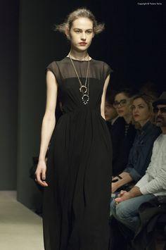 https://flic.kr/p/CPGran | Altaroma Gennaio 2016 - Greta Boldini - | Altaroma Gennaio 2016 - Greta Boldini -  © tiziano toma for Mint Magazine  #Altaroma #Altamoda #gretaboldini #Fashion #Fashionweek #fashionweekroma #tizianotomaphoto #boldini