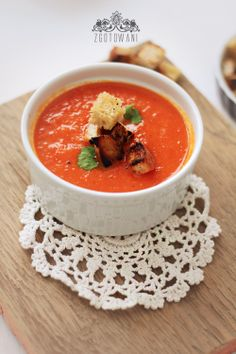 soup-cream-with-roasted-pepper-and-tomato-6