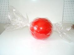 Candy Ball - Inexpensive, easy to make, large Christmas Decorations - www.trendytree.com