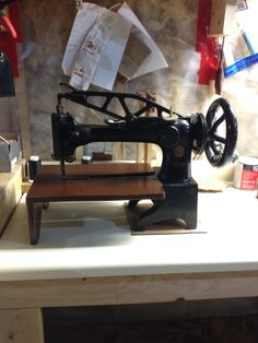 Singer Leather Sewing Machine 29-4