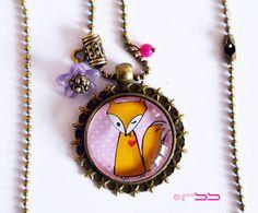 Collier sautoir long 70 cm et son pendentif cabochon Petit Fox rosé