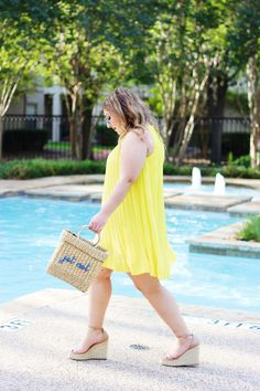 Yellow Pleated Dress Photography Articles, Flattering Dresses, Photo Journal, Yellow Dress, Lifestyle Blog, Work Wear, Prom Dresses, Stylish, Fashion Bloggers