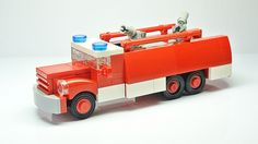 How to build a vintage Tatra 148 LEGO fire truck [Instructions]
