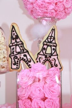 eiffel tower cookies in pink for paris theme party