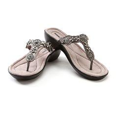 MinneTonka Boca Thong Concho Flip Flops