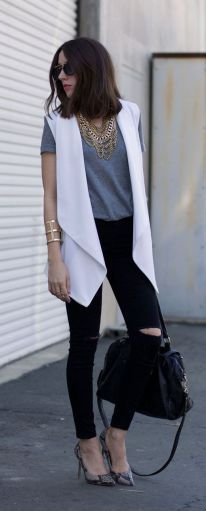 Try These 25 Chic Sleeveless Blazer Outfits In Every Season Vest Outfits, Casual Outfits, Cute Outfits, White Vest Outfit, Sleeveless Blazer Outfit, Long Vest Outfit, Sleeveless Duster, Pretty Outfits, Work Fashion