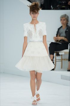 Chanel - Haute Couture Fall Winter 2014-15 - Shows - Vogue.it