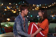 "Park Seo-jeon as Ko Dong-man and Kim Ji-won as Choi Ae-ra in ""Fight For My Way"" K Drama) K Drama, Drama Film, Korean Celebrities, Korean Actors, Korean Dramas, Celebs, Fight My Way Kdrama, Descendents Of The Sun, Park Seo Joon"