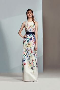 From floral to long-sleeved, your dream maxi dress is waiting at Coast. Discover all the maxi dresses you'll love in our new-season collection. Plus Size Bridesmaid, Floral Bridesmaids, Stylish Gown, What To Wear To A Wedding, Prom Outfits, Fashion Dresses, Maxi Dresses, Beautiful Outfits, Beautiful Clothes