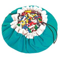 Is toy storage a drama in your home? Discover the Play & Go toy storage bag! Toys under the bed, on the floor, in the dog's basket - but you still can't find that favourite piece of LEGO®, Playmobil® or Duplo®. The Play&Go bag is Toy Storage Bags, Lego Storage, Storage Ideas, Green Gifts, Toddler Toys, Kids Toys, Play N Go, Activity Mat, Green Toys