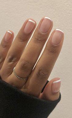 French Manicure Short Nails, Short Gel Nails, Natural French Manicure, Pink Gel Nails, Cute Gel Nails, Almond Gel Nails, Almond Nails French, Wedding Gel Nails, Nail Ideas