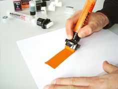 Transformer Jumbo Marker by Molotow - marker with a thick enough lineweight for large posters. Molotow Marker, Paint Pens, Paint Markers, Brush Markers, Posca, Mark Making, Copics, Moleskine, Art Techniques