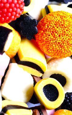 Nehéz falat a hízókúra! Fruit Salad, Doughnut, Neon, Desserts, Awesome, Ideas, Tailgate Desserts, Fruit Salads, Deserts