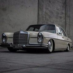 1972 280SE Mercedes Benz (W108)