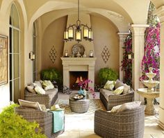 Outdoor Space Design - Large Outdoor Wall Lights