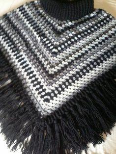 Gehaakt met stylecraft doublé knit 2 zwart 1 donker grijs en 1 licht grijs 2 cabaret kleur storm naald 7 en 4. 5 patroon uit simply februari 2015