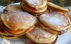 Hamburger, Pancakes, Food And Drink, Bread, Breakfast, Food Cakes, Morning Coffee, Hamburgers, Bakeries