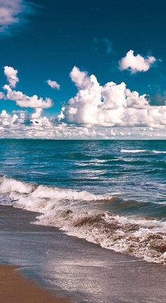 """ Cumulus by Luka Barovic "" Ocean Beach, Ocean Waves, Best Vacation Destinations, Vacations, I Love The Beach, Am Meer, Beach Scenes, Beach Pictures, Beautiful Beaches"