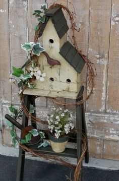 Annie Steen's birdhouse ladder…