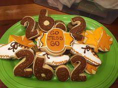 Twin Cities Marathon Royal Icing Sugar Cookies by @cookiesbykatewi #marathon #running #shoes #tcmarathon