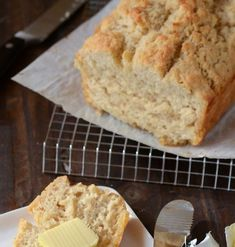 This simple, buttery, beer bread recipe is a delicious way to make bread without yeast. It bakes up with a perfect buttery crust and soft, tender inside! Simple Beer Bread Recipe, Easy Bread Machine Recipes, Recipes With Yeast, Easy Sandwich Recipes, Quick Bread Recipes, Cake Recipe With Almond Milk, All Purpose Flour Recipes, Cake Recipes In Hindi, Canapes Recipes