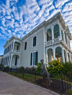 Galveston is a small romantic island tucked deep within the heart of south Texas possessing all the charm of a small southern town and just 40 minutes south of the fourth largest city in the United States.