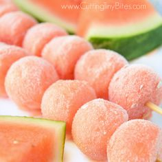 health desserts no sugar Frozen Watermelon Kabobs. Cold, refreshing ice pop treat for kids in the summer time. Made with fresh fruit, no sugar added, all natural ingreadients, and inexpensive! Frozen Watermelon, Frozen Fruit, Frozen Treats, Fresh Fruit, Watermelon Ideas, Watermelon Sticks, Frozen Yogurt Bites, Fruit Sticks, Cooking Recipes