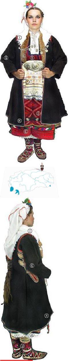 Duračka Reka bride,turn of 20th c. Kenarna košula(dress w/lace at hem), Alov elek (bodice); Širitlija so uzbojki (bodice); Poes-kemer (sash); Peškir-skutača so try pretkavi (apron w/horiz. striped ptrn at btm); Peperuglija skutača (apron w/diamond ptrns); Monistreno kolanče so pafti (beaded belt w/buckle), around which are 2 Krpi (pcs of material) Fermene (short jacket edged w/fox fur) Džube (slvless coat), Jašmak(2 white cotton scarfs, on the head the shoulders);Kolalii (socks)