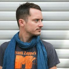 Really liking the look Elijah Wood, Holistic Detective, Lotr, The Hobbit, Beautiful People, Middle, Wisdom, Earth, Movies