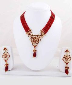 Gold & More Red Beaded Necklace Set