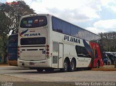 Ônibus da empresa Pluma Conforto e Turismo, carro 7003, carroceria Busscar Panorâmico DD, chassi Scania K420. Foto na cidade de São Paulo-SP por Weslley Kelvin Batista, publicada em 04/11/2016 11:54:58.