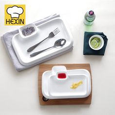 rectangle section plate is restaurant dinnerware. High quality & durable section plates in different styles and sizes are perfect for restaurants. Rectangle Plates, Serveware, Tableware, Appetizer Plates, Serving Platters, Plastic Cutting Board, Dinnerware, Catering, Restaurant