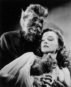 mykillyvalentine:  The Return of the Vampire (1944), one of Columbia's few noteworthy attempts to follow the Universal monster movie template. Hits just about all the right notes. And the werewolf talks.