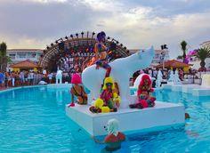 Ushuaia Beach Club, Ibiza. Visit www.beachandbubbles.com for worlwide beaches, clubs & events